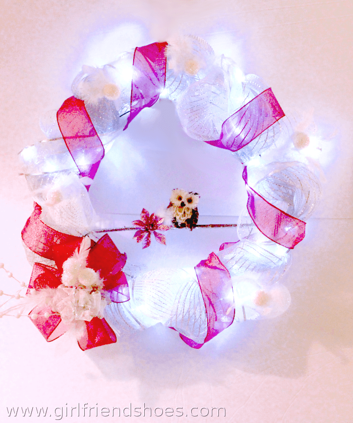 pink mesh wreath light